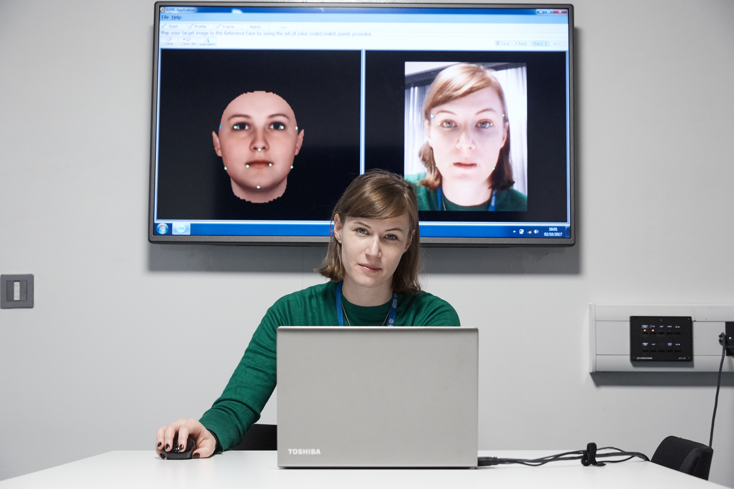 PhD student Sofia Persson prepares the facial morphing system