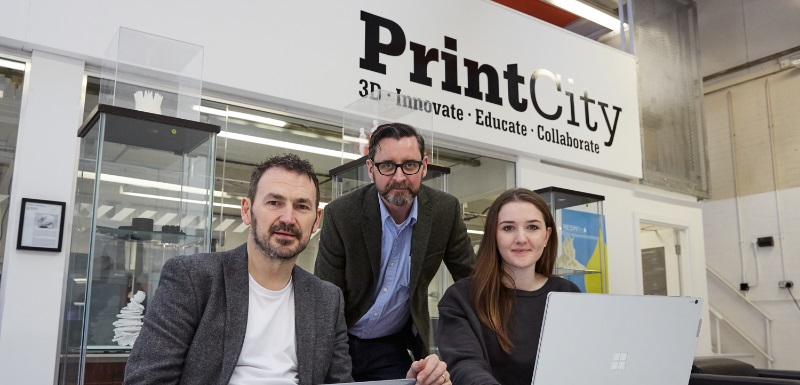 Elen Perry, right, with Ed Keefe, 3D Print Manager, and Peter Gough, senior lecturer on the MSc Industrial Digitalisation course